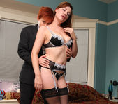 Lily Cade and Sovereign Syre Get A Room 26