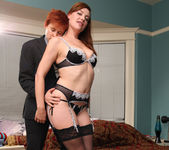 Lily Cade and Sovereign Syre Get A Room 27
