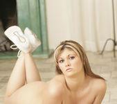 Elisha Winters Gets Her 2 on 1 Fantasy 9