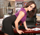Chanel Preston Keeps Them Happy 7