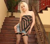 Jade Jolie - Sexy Blonde Anal Pleaser 3