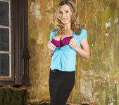Tanya Tate Shows the Brats How It's Done 3