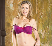 Tanya Tate Shows the Brats How It's Done 29