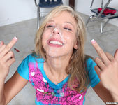 Chastity Lynn Makes the Gang Bang Good 25
