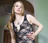Ela Darling Seduces Sovereign Syre 23
