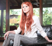 Elle Alexandra and Sovereign Syre Get Close 11