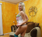 Zoey Monroe Came in her Blowjob Thong 2