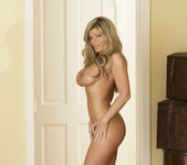 Kristal Summers Makes His Life Perfect 13