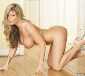 Kristal Summers Makes His Life Perfect 18