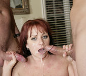 Kylie Ireland Gets Satisfied in a 2 on 1 29