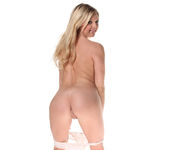 Chloe Lynn - Petite Blonde Scorcher Strips 30