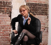Nina Hartley - Boss Lady's Secret 3