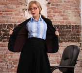 Nina Hartley - Boss Lady's Secret 4