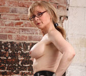 Nina Hartley - Boss Lady's Secret 26
