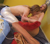Ela Darling and Madison Young - Sweat and Shiver 22