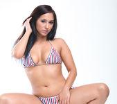 Reena Sky and Vanessa Veracruz - Kissing and Cooling Off 15