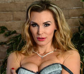 Tanya Tate Shows the Student Body Correct Form 25