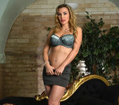 Tanya Tate Gets Hold of Lucia Love 7