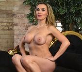 Tanya Tate Gets Hold of Lucia Love 10