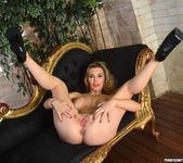 Tanya Tate Gets Hold of Lucia Love 16