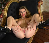 Tanya Tate Gets Hold of Lucia Love 17