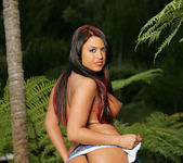Eva Angelina Works What She's Got 19