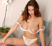 Jamie Lynn Lets You Stare Into Her Pussy 29