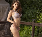 Vanessa Veracruz Loves Nature 17