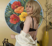 Nina Hartley - Mind on Someone's Behind 7