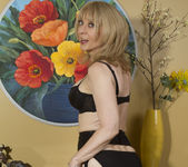 Nina Hartley - Mind on Someone's Behind 8