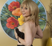 Nina Hartley - Mind on Someone's Behind 20