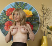 Nina Hartley - Mind on Someone's Behind 25