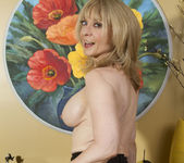 Nina Hartley - Mind on Someone's Behind 28