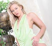 Melanie Jayne On a Dick 2