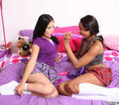 Andrea Kelly and Nina Sunshine - Put it On and Put it In 5