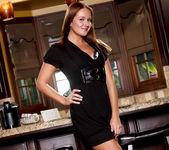 Elexis Monroe and Taylor Vixen - Private Bar 30