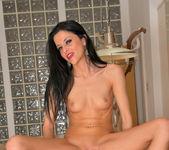 Kimmy Haze - Lusty Babe - Anilos 19