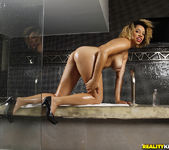 Karolline - Slippery And Wet - Mike In Brazil 6