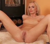 Niky Diamond - Karup's Private Collection 14