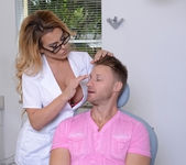 Corinna Blake - Sweet Tooth - MILF Hunter 3