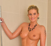 Samantha Snow - Time In The Tub 23