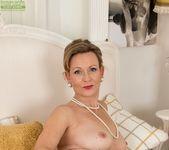 Huntingdon Smyth - Karup's Older Women 12
