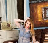 Nicole Hart - Mature Spreads 3