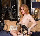Nicole Hart - Show Off - Anilos 12