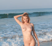 Nude Beach - Anna T. - Femjoy 8