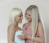 Come And Get It - Cayla Lyons, Naomi Nevena 2