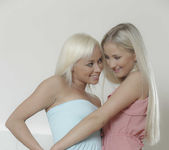 Come And Get It - Cayla Lyons, Naomi Nevena 10