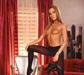 Verona - Hot Legs and Feet 8