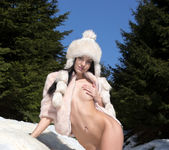 Snow Games - Sapphira 3