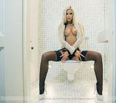 Velvet Blonde - Lara 6